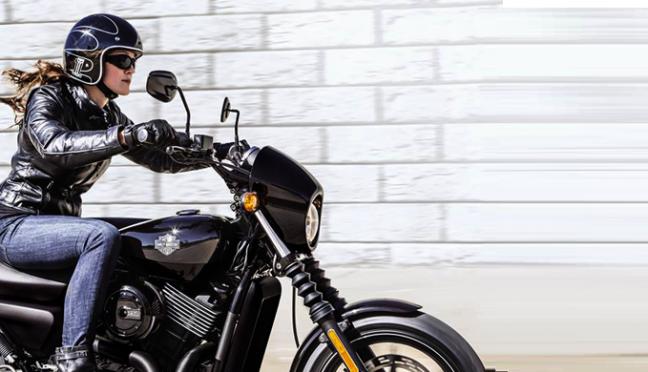 De cada 3 motociclistas no Brasil uma é mulher